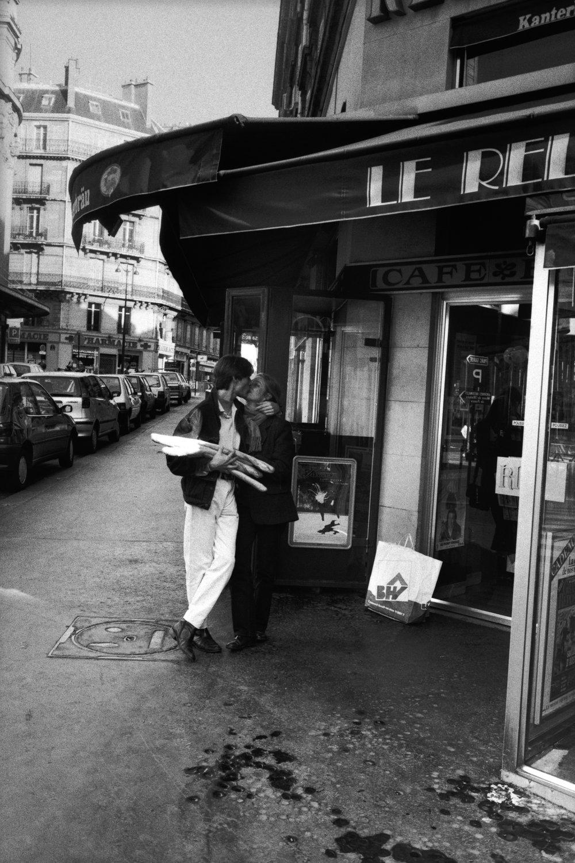 "Rue de Rivoli, 1995<span class=""photo-essays-link""><span class=""separator"">・</span><a href=""/photo-essays"">Photo-essays</a></span>"