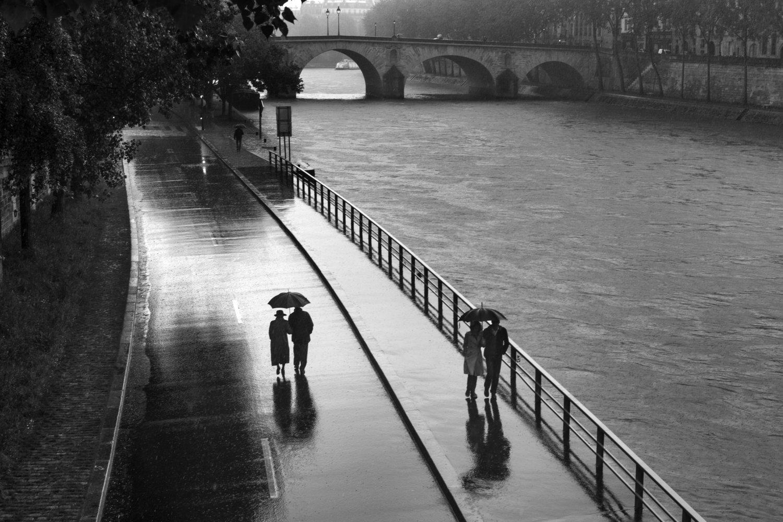 "Quai de la Seine, 2013<span class=""photo-essays-link""><span class=""separator"">・</span><a href=""/photo-essays"">Photo-essays</a></span>"