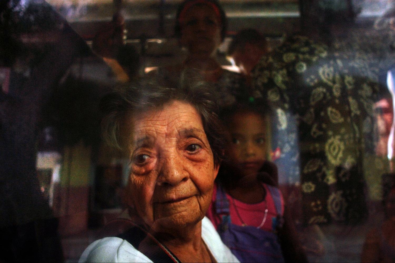 """Havana, Cuba, 2006<span class=""""photo-essays-link""""><span class=""""separator"""">・</span><a href=""""/photo-essays"""">Photo-essays</a></span>"""