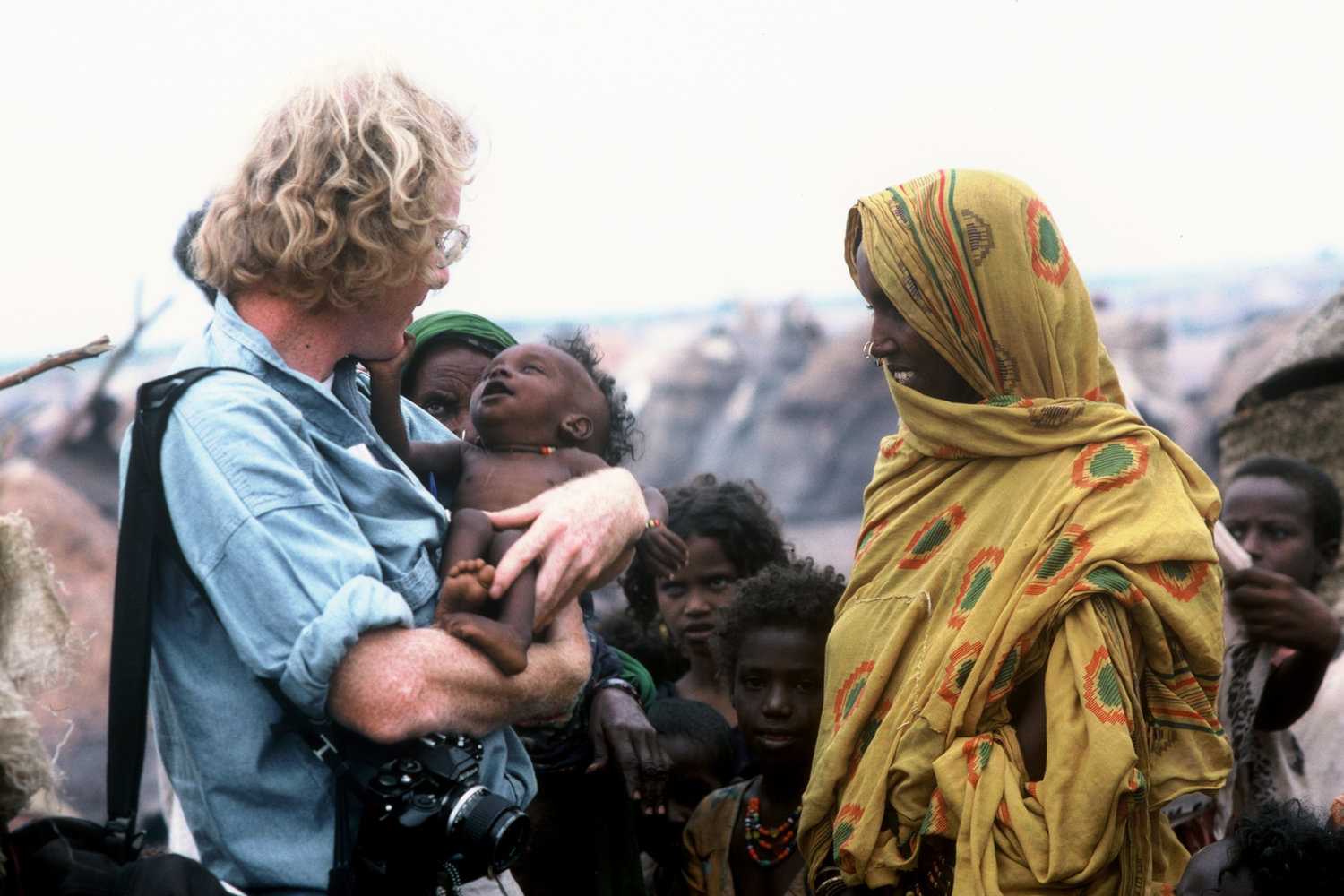 "Eritrean refugee camp. East Sudan, 1988.<span class=""photo-essays-link""><span class=""separator"">・</span><a href=""/photo-essays"">Photo-essays</a></span>"