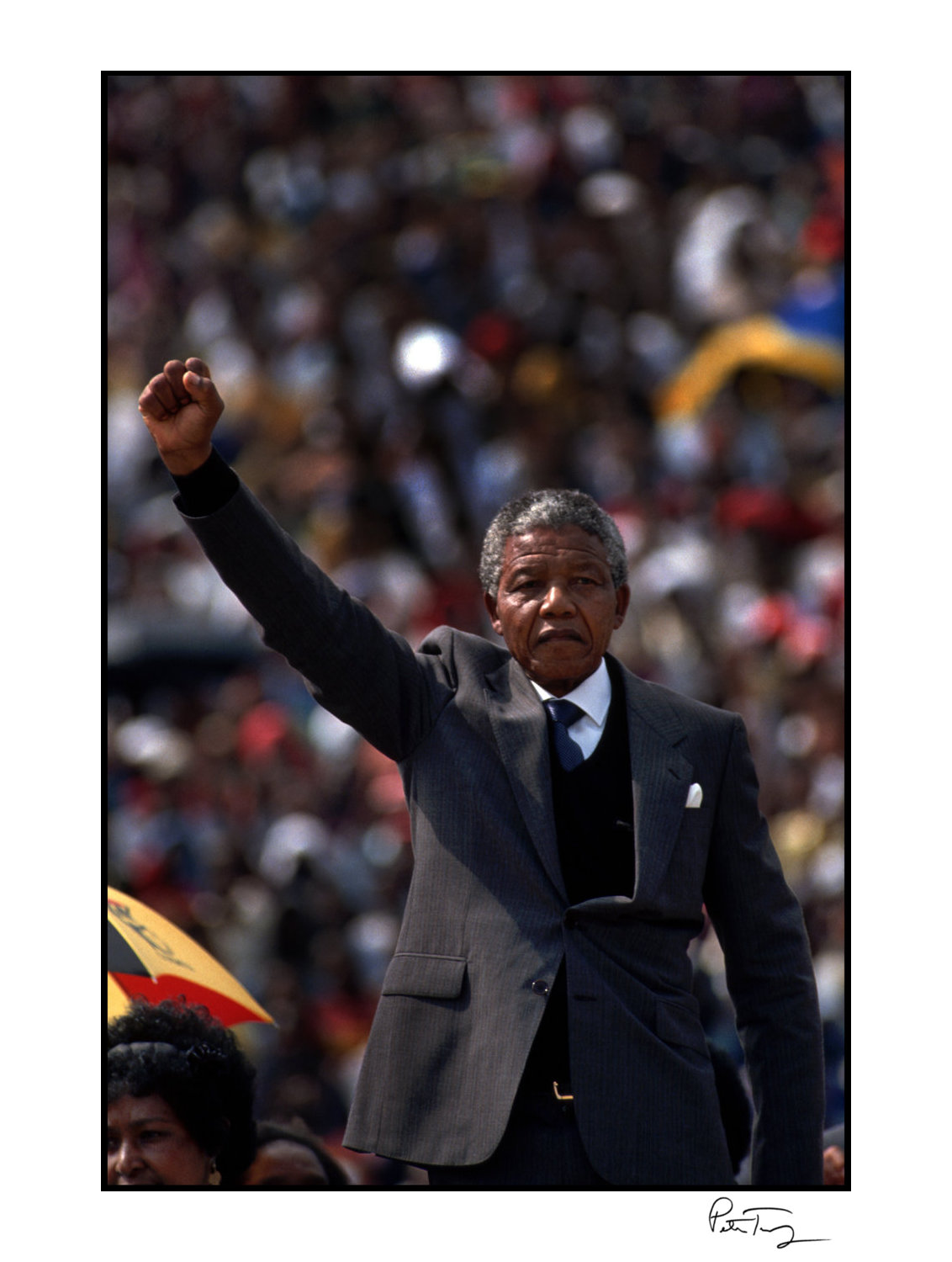 "ID #52・Nelson Mandela, 1990<span class=""print-link""><span class=""separator"">・</span><a onclick='document.getElementsByClassName(""sqs-lightbox-close"")[0].click();'>Thumbnails</a></span>"