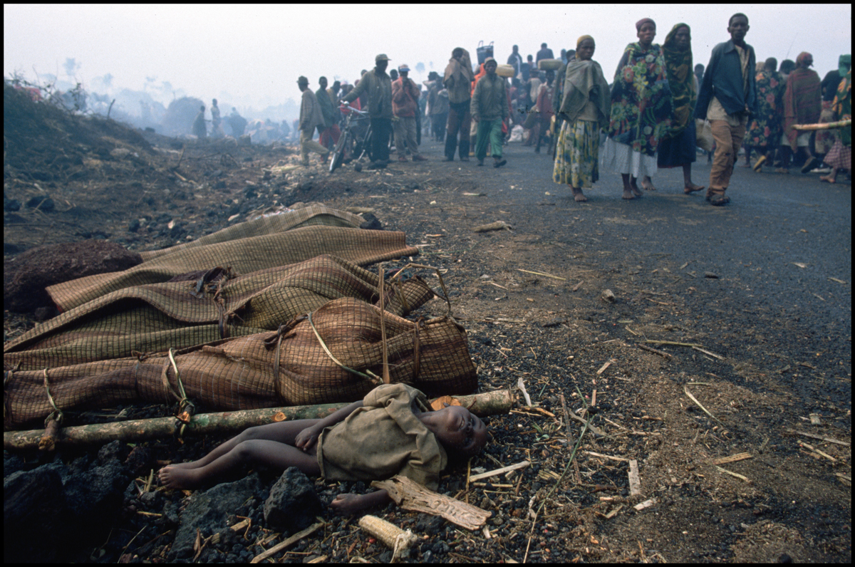 28 Jul 1994, Goma, Democratic Republic of the Congo --- Dead bodies line the road near a refugee camp in Zaire, where thousands of Rwandans have come seeking refuge from the fighting in Rwanda.