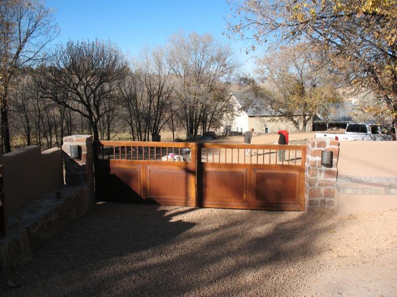Tesuque gate