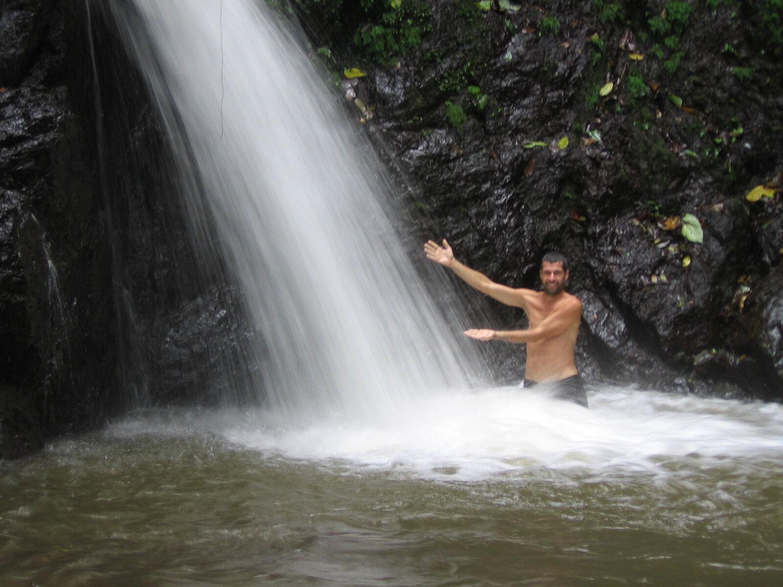 Waterfalls costa rica.JPG