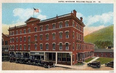 A postcard photograph of the four-story Hotel   Windham On the Square in Bellows Falls just before the great fire of 1932.