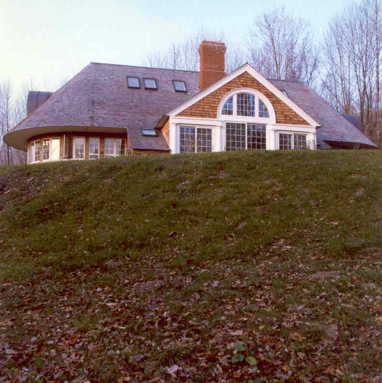 Rounded House.jpg