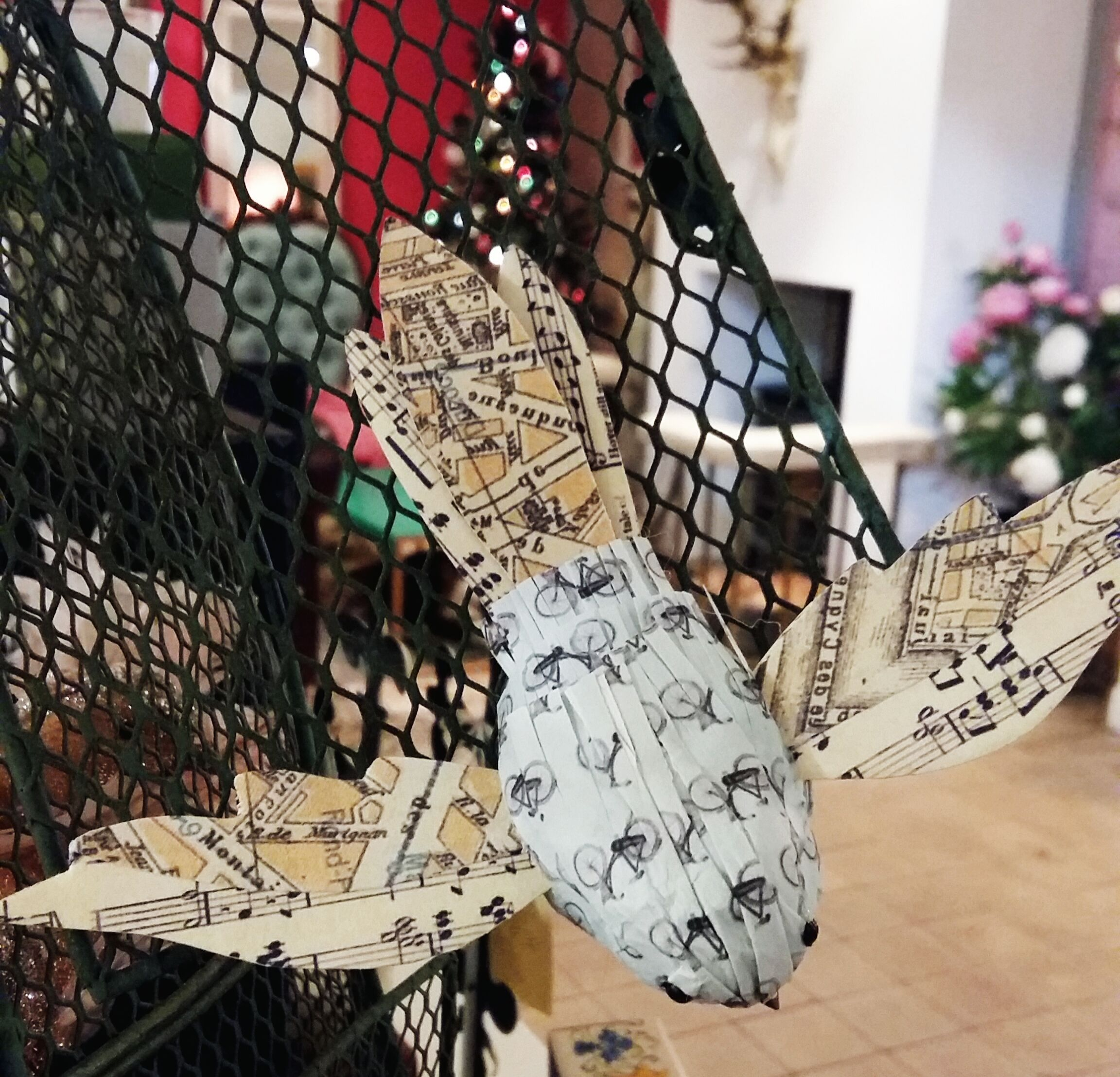 Paper bird decorations beautiful all year round