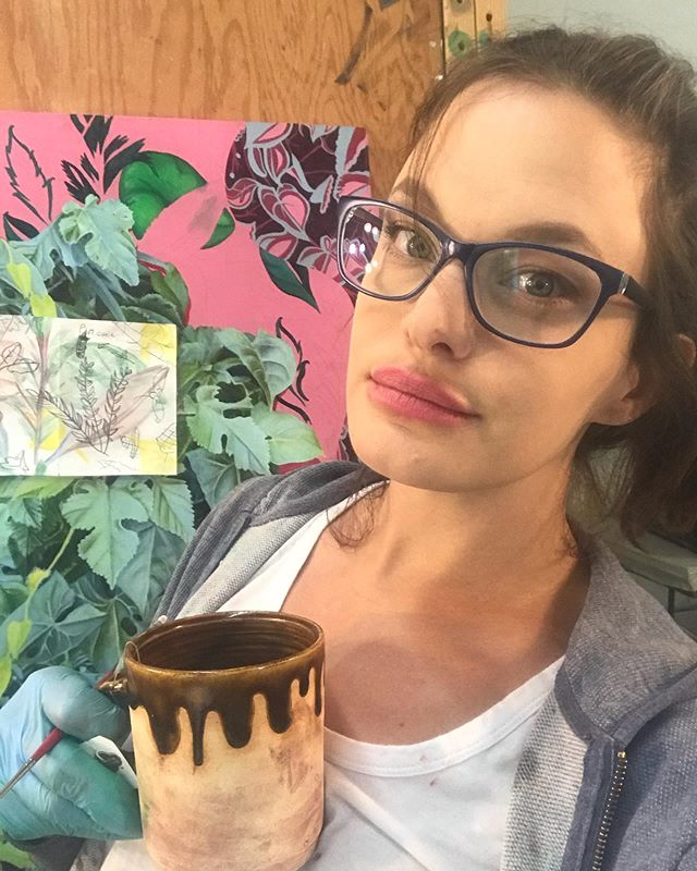 Working on a new piece at the #helenewurlitzerfoundation #artistresidency with some tea in my specially commissioned mug by @jannaarnoldceramics I should have this painting done in under a week, so stay tuned. #sarahjacobs #artcollector #artdealer #art #artist #contemporaryart #contemporarypainting #artiststudio