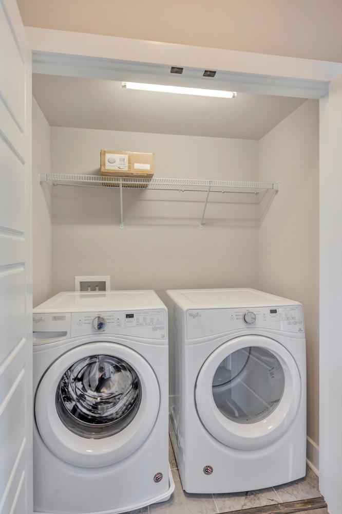 1408 Terrace Ln CAS151 -large-034-12-laundry-666x1000-72dpi.jpg