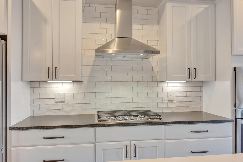 1408 Terrace Ln CAS151 -large-013-27-kitchen 3-1500x1000-72dpi (1).jpg