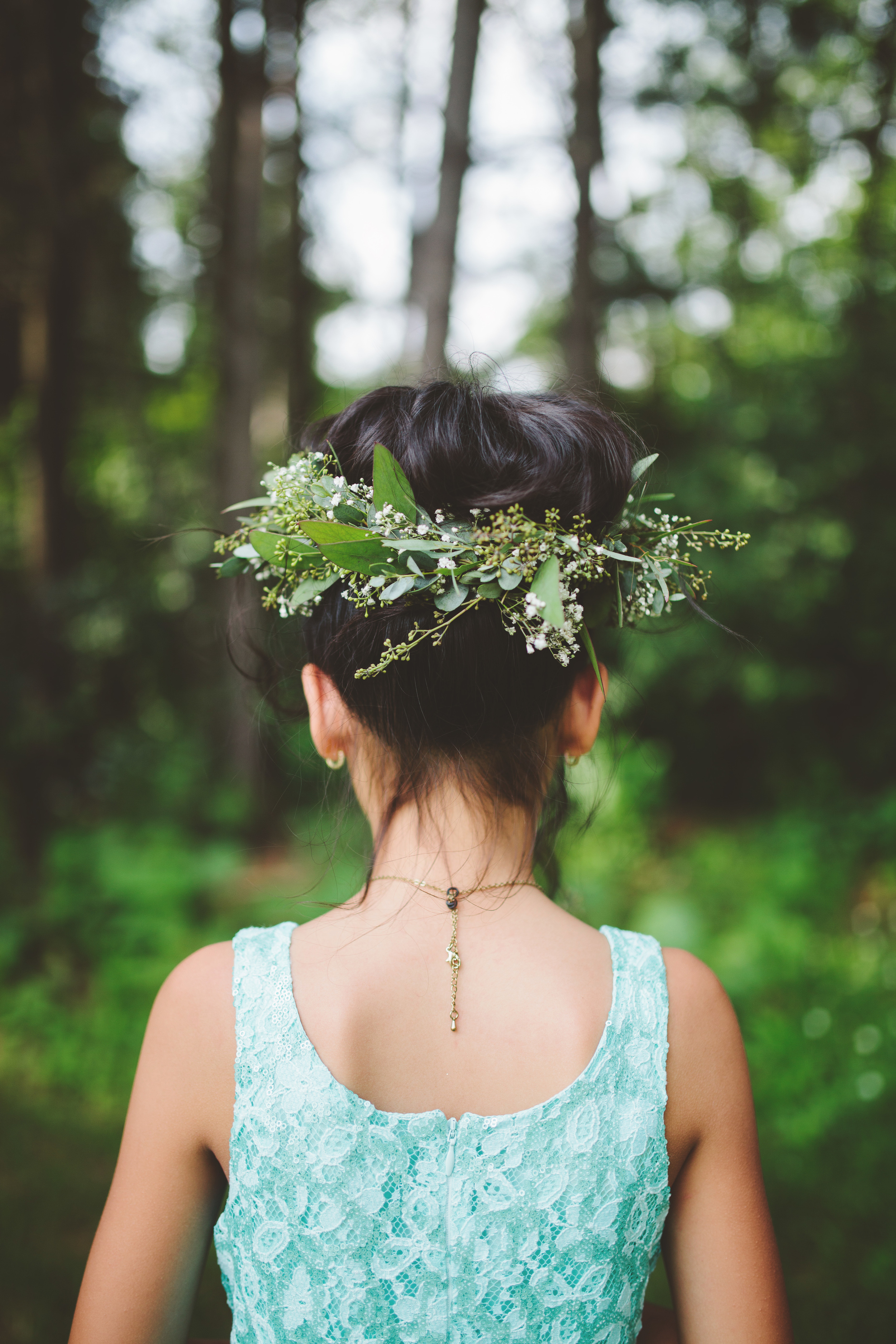 the-bees-knees-floral-design-studio-brainerd-mn-minnesota-florist-wedding-weddings-bride-greenery-crown