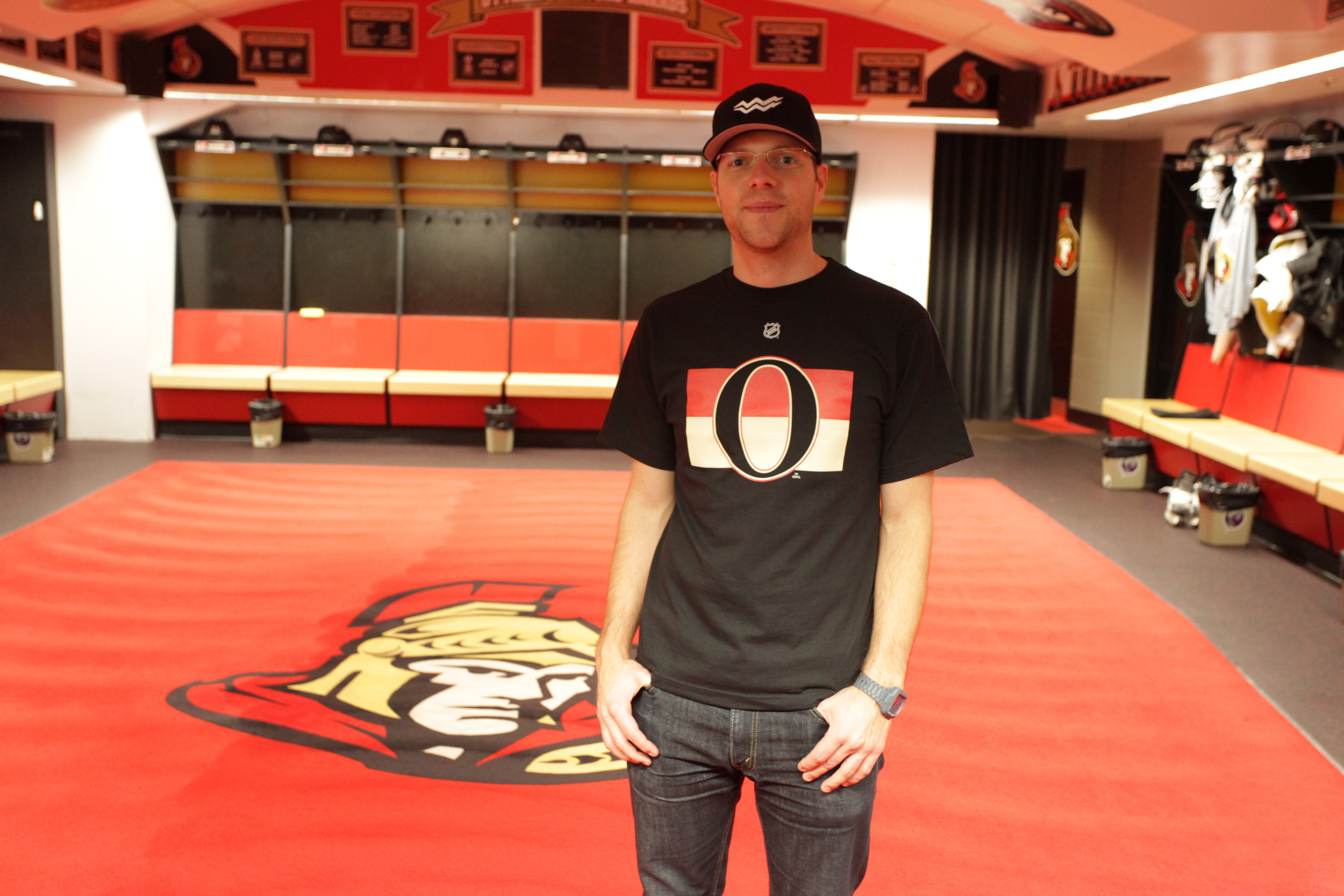 Sens Locker Room 2012.JPG