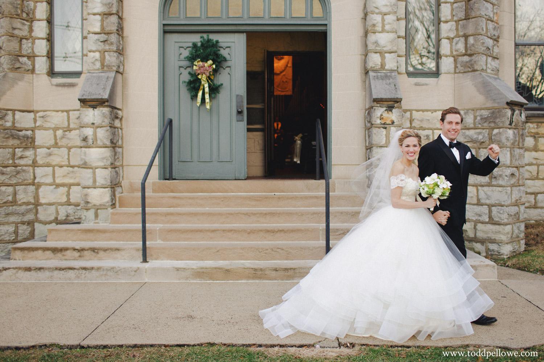 26-galt-house-wedding-photographer-358.jpg