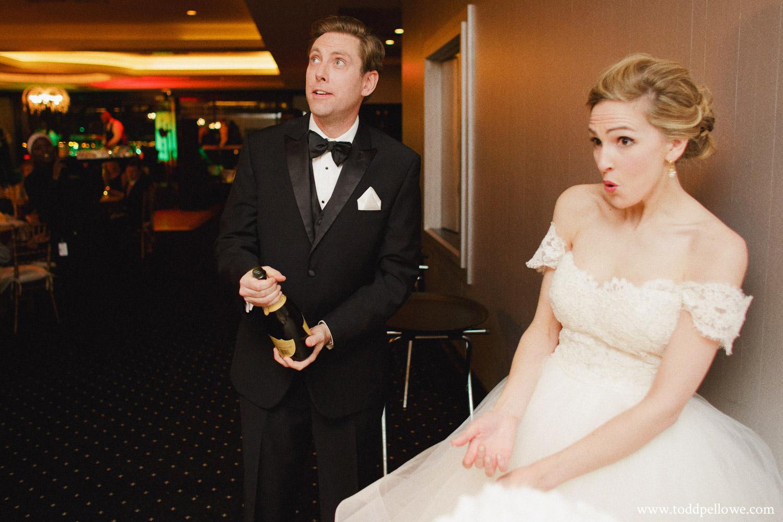 29-galt-house-wedding-photographer-515.jpg
