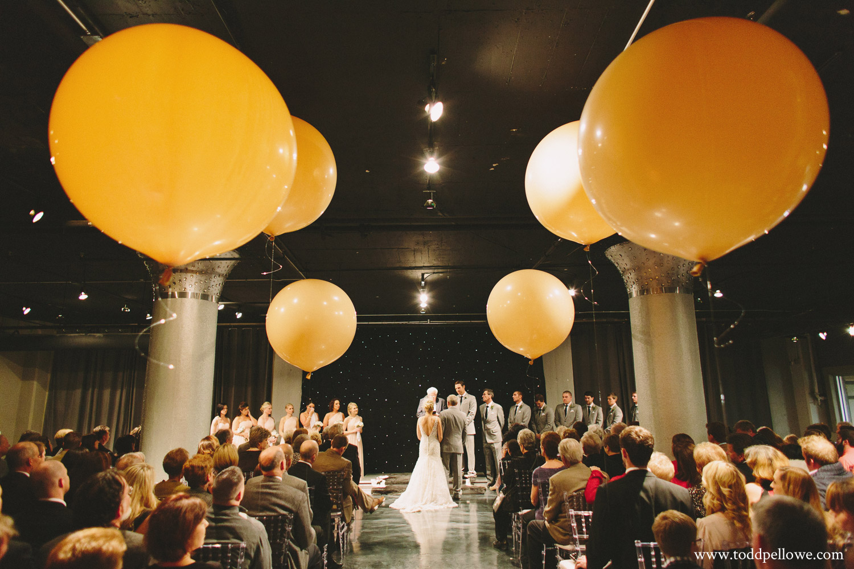 23-glassworks-wedding-photography-414.jpg