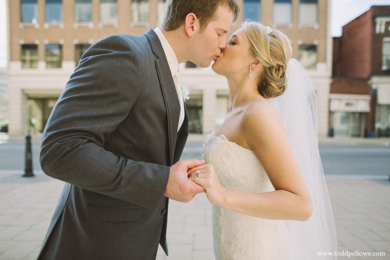 21-ashley-brian-brohm-louisville-wedding-351.jpg