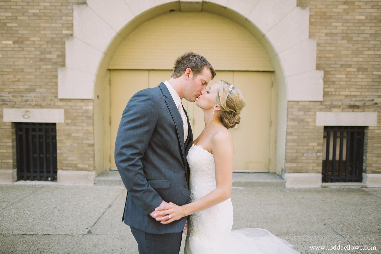 23-ashley-brian-brohm-louisville-wedding-384.jpg