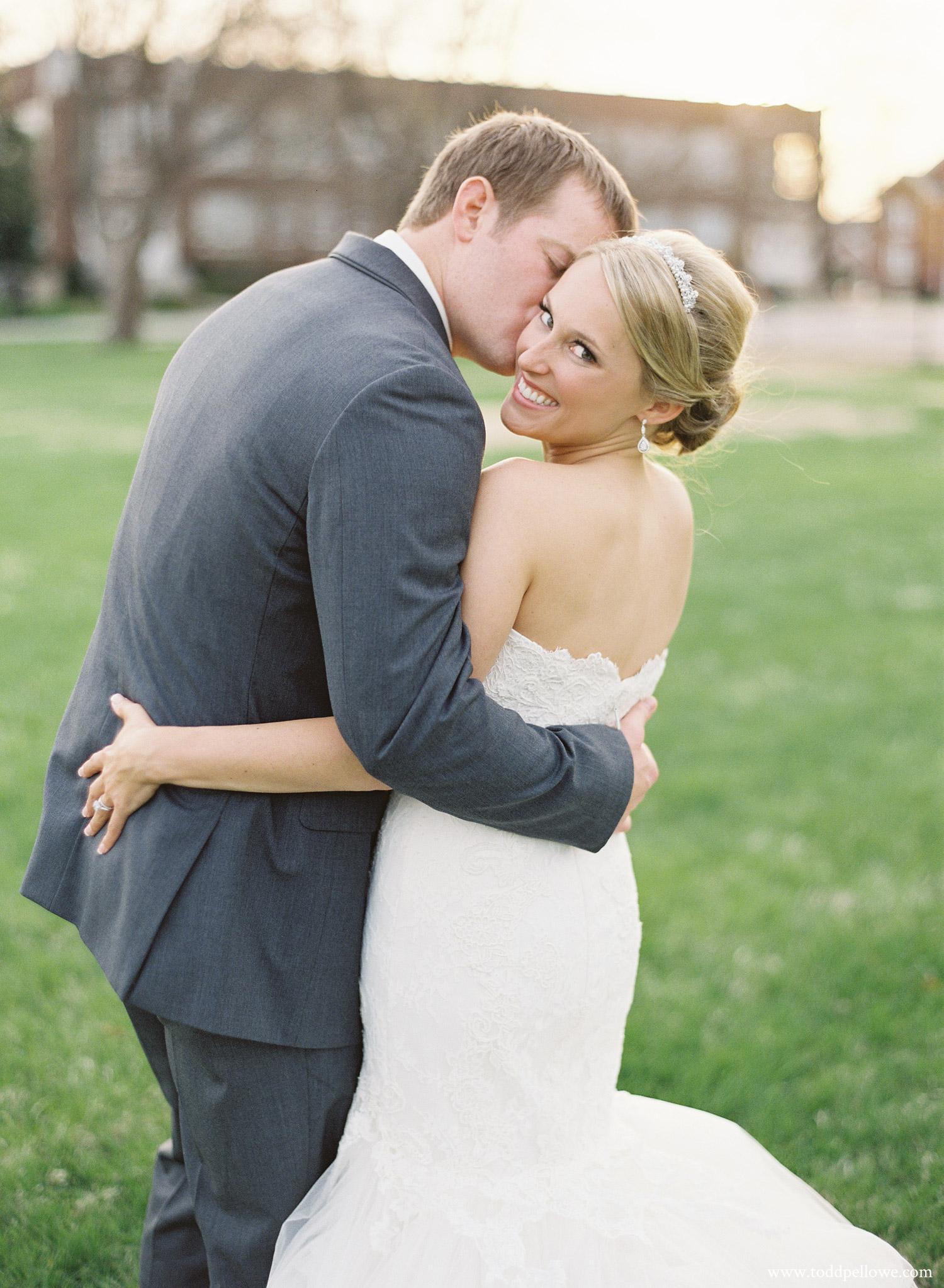 28-ashley-brian-brohm-louisville-wedding-014.jpg