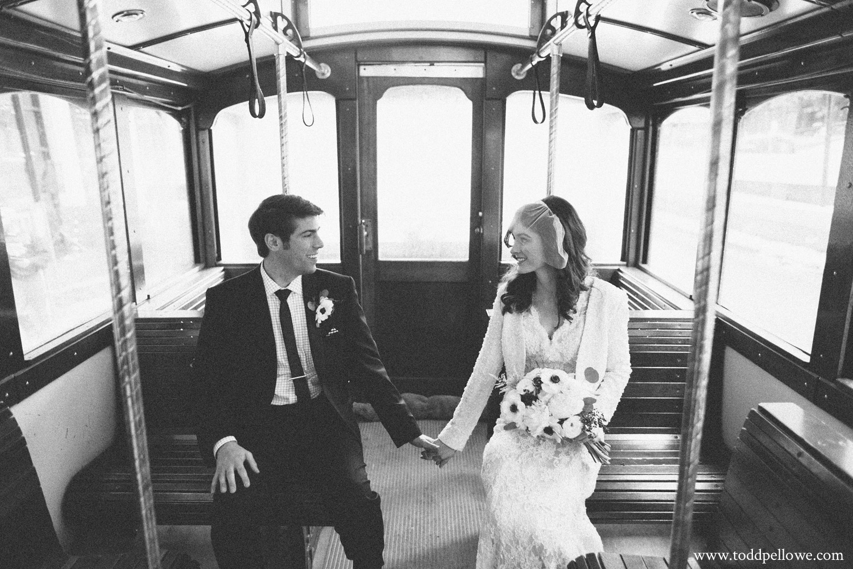 13-rivue-galt-house-wedding-350.jpg