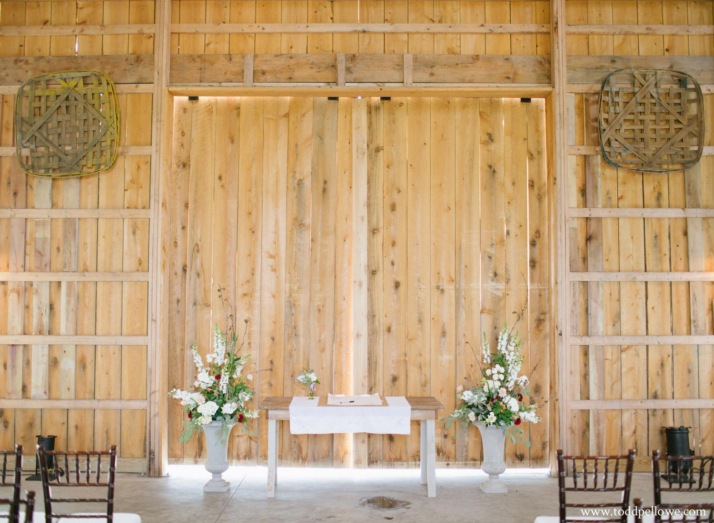 Wedding ceremony at Long Ridge Farm