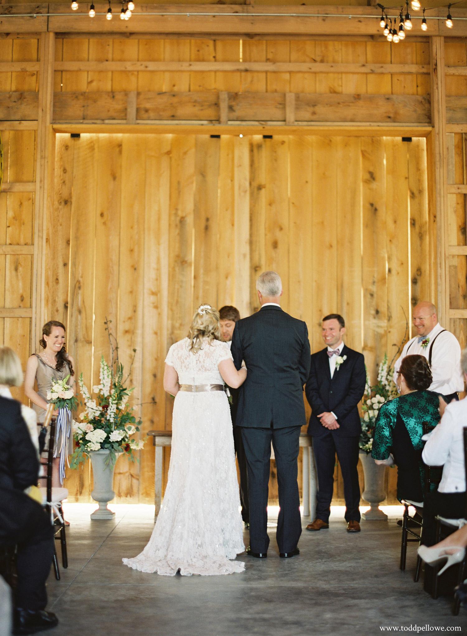 17-long-ridge-farm-wedding-shelbyville-014.jpg
