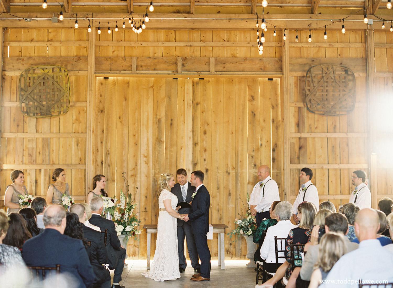 20-long-ridge-farm-wedding-shelbyville-016.jpg