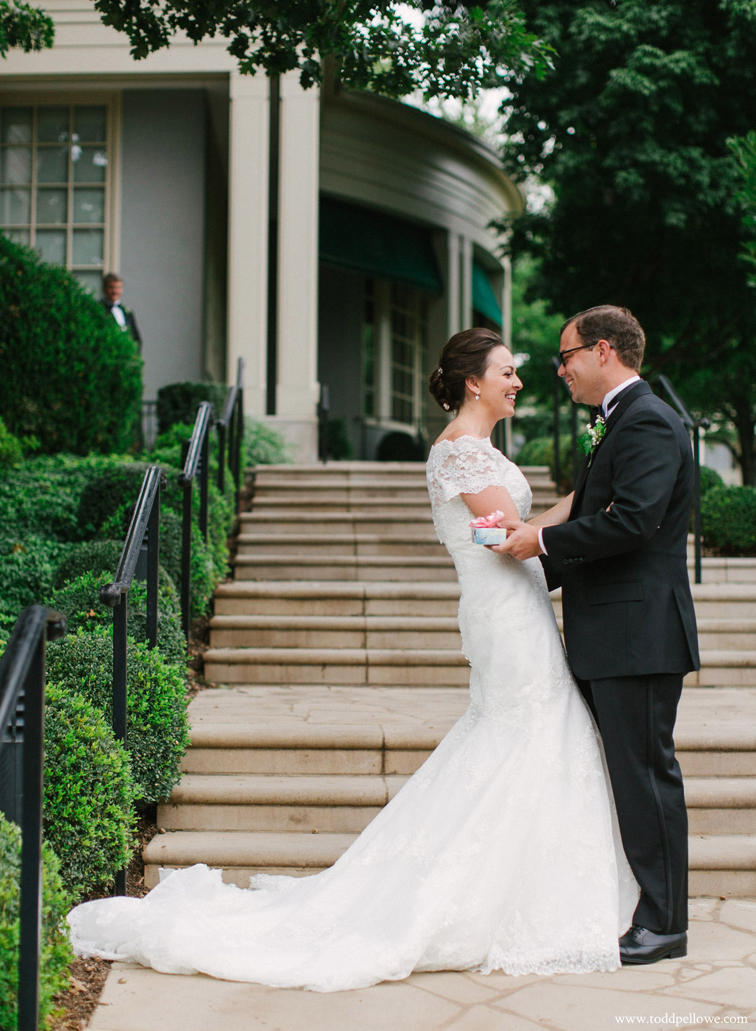 37-louisville-country-club-wedding-107.jpg