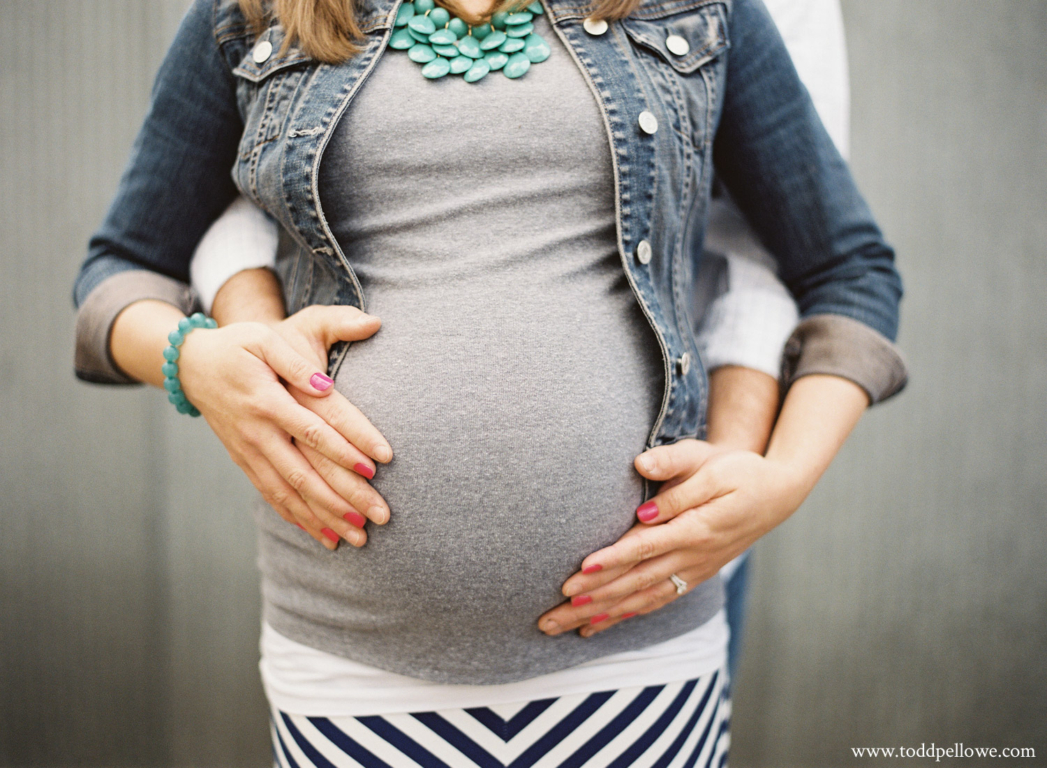04-louisville_maternity_photographer-007.jpg