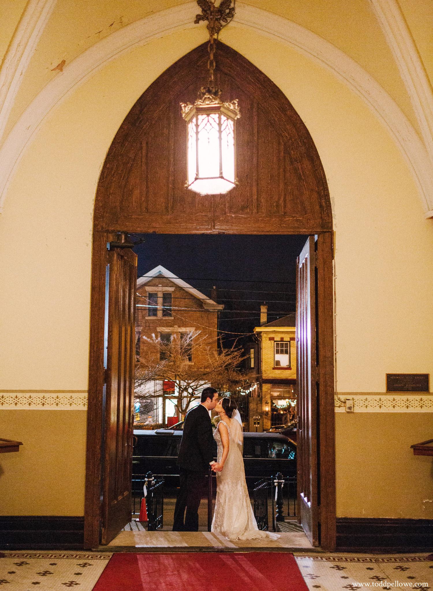18-frazier-arms-museum-wedding-louisville-433.jpg