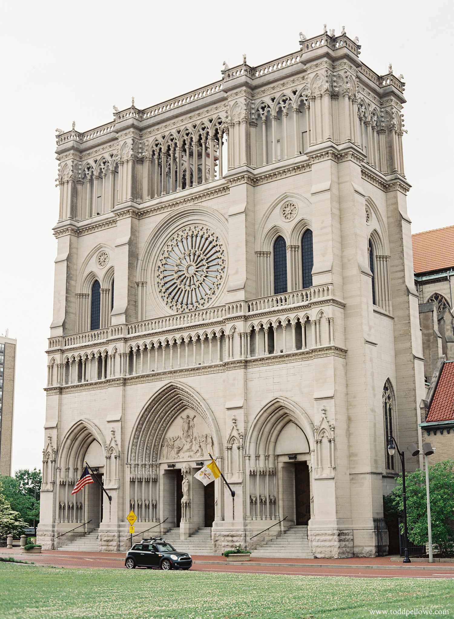 Cathedral Basilica of the Assumption in Covington