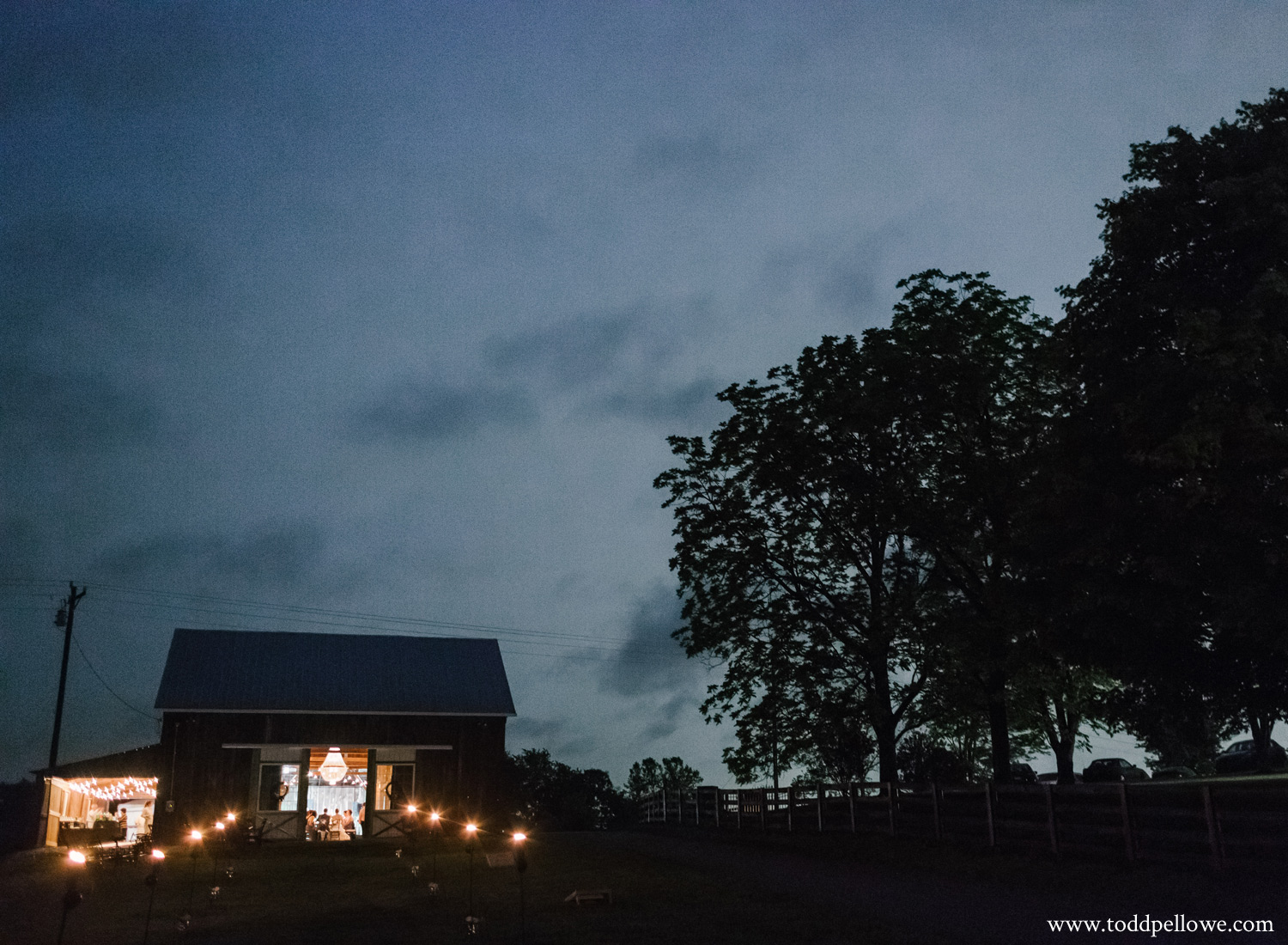 49-kentucky-farm-wedding-photography-610.jpg