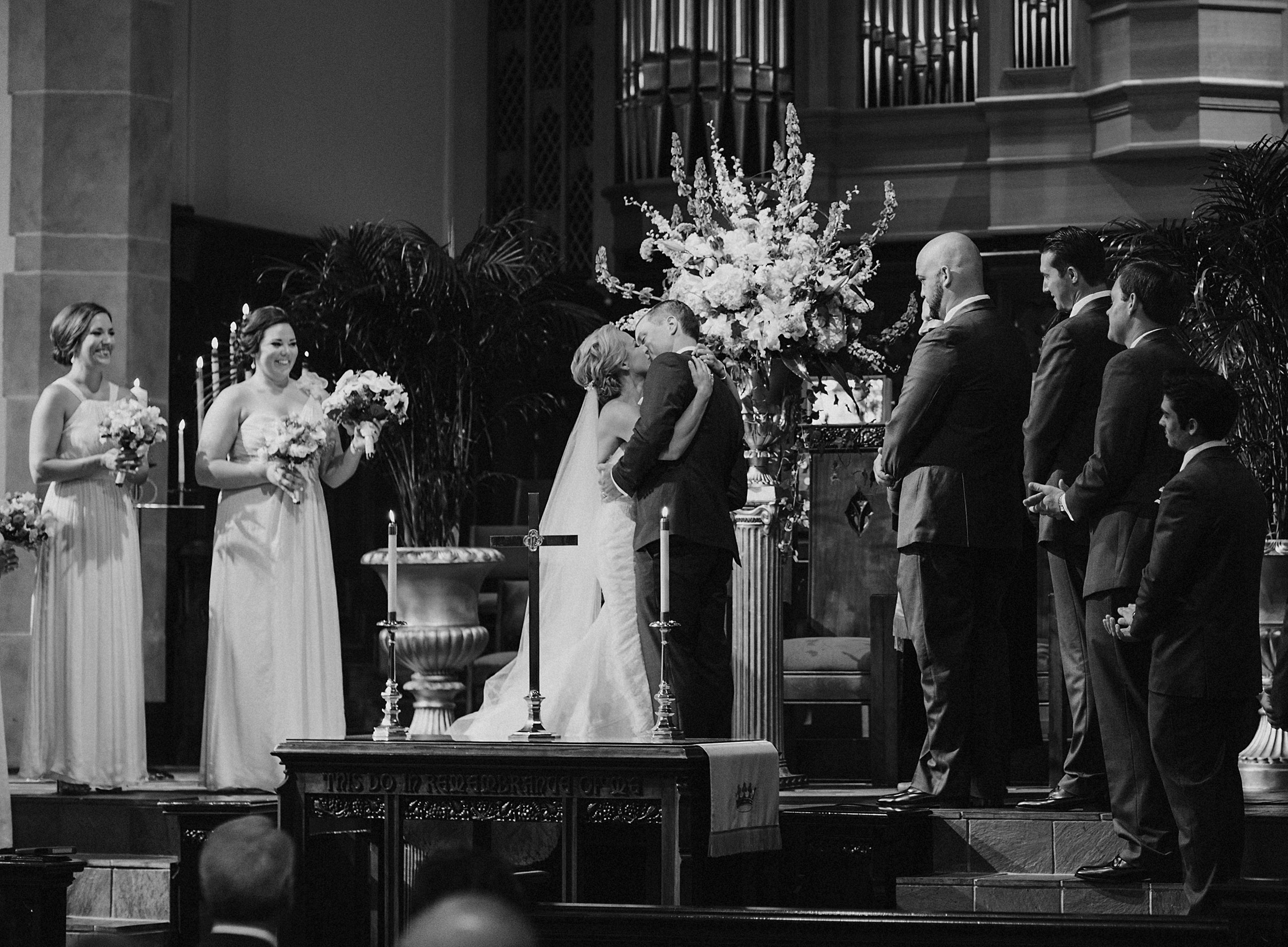 louisville-wedding-st.-paul-church-019.JPG