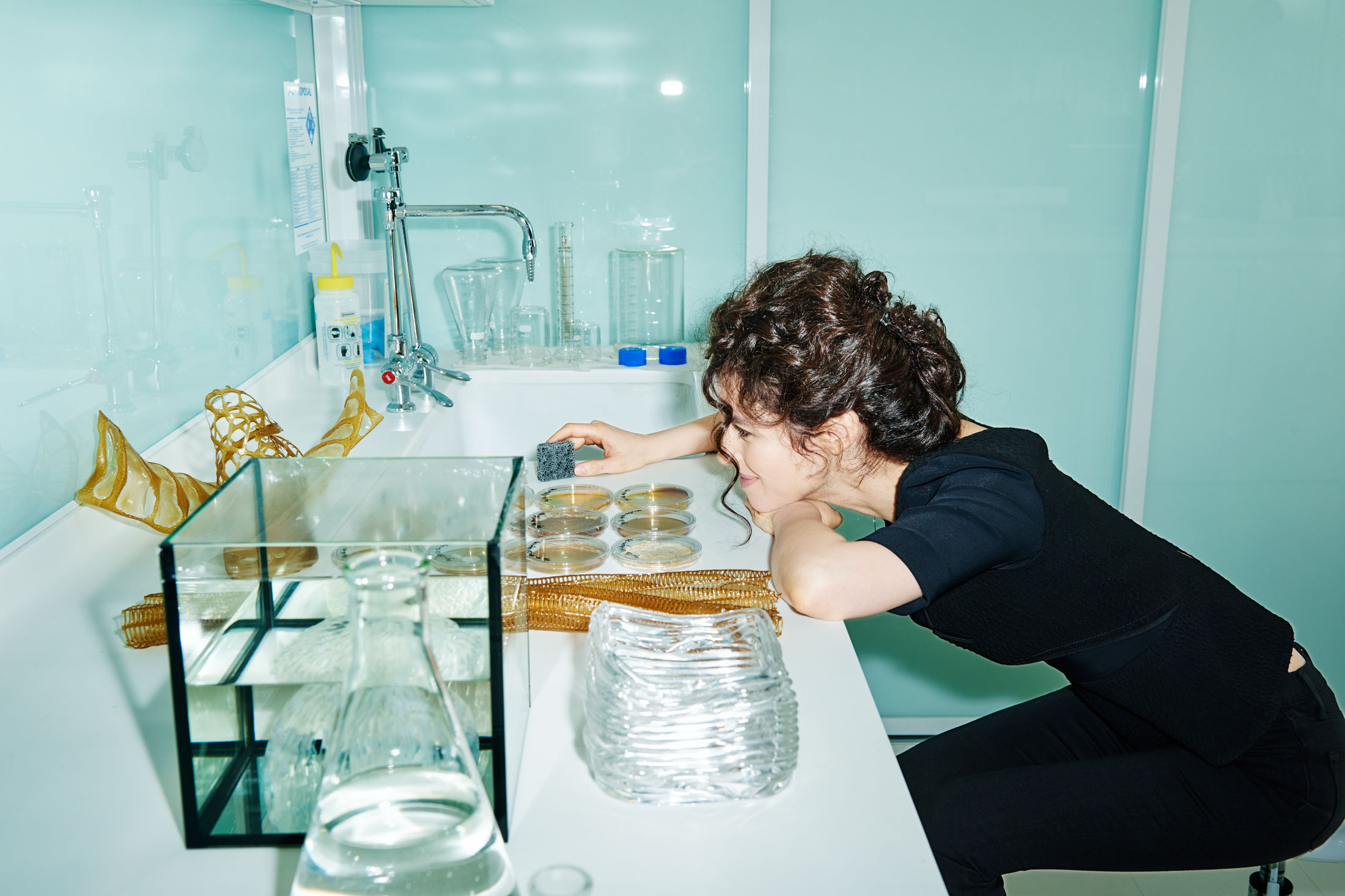 Oxman at work in the lab. (Photo: Tony Luong/Surface)