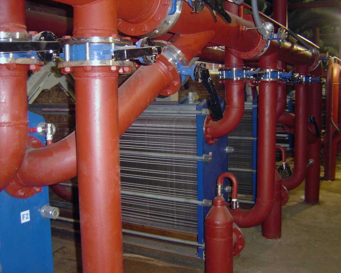 Free flow plate heat exchangers
