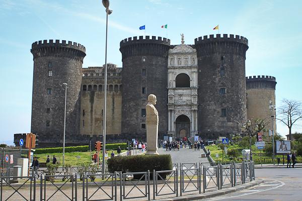 naples_castle-1.jpg