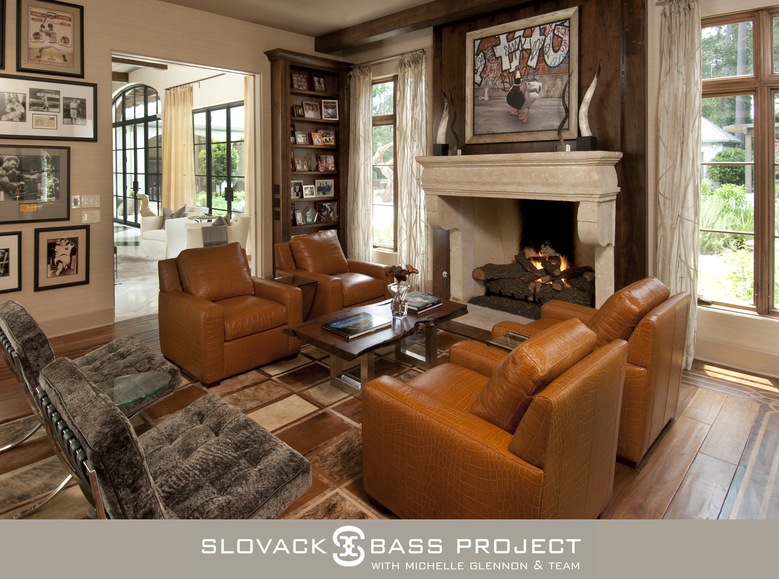 "2010 ASID Winner ""Silver"" Award, Residential Over 3, 500 Sq.Ft.    2012 ASID Honorable Mention, Residential Renovation Over 3, 500 Sq.Ft."