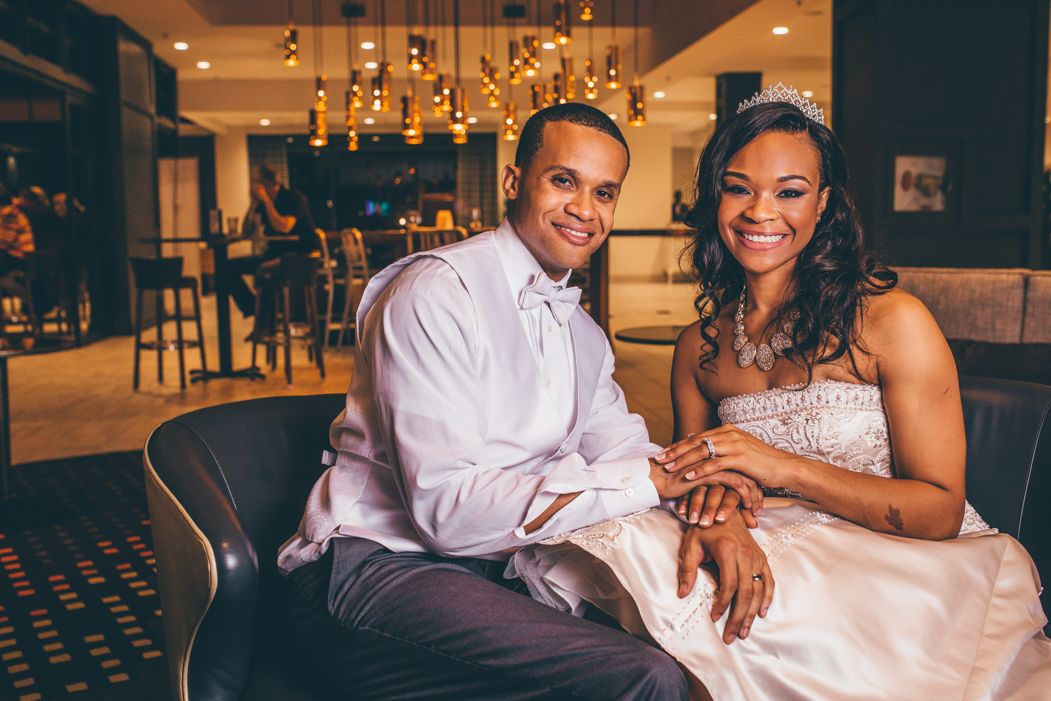 Meet the Polites.... Take a peek into the moments captured during their joyous occasion!