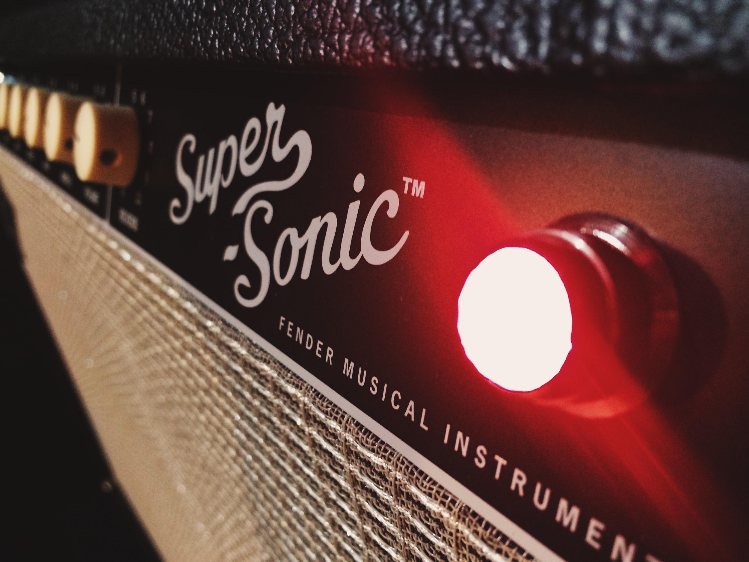 Fender Super Sonic.jpg