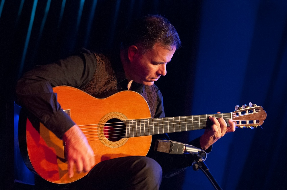 Yoram ZERBIB (guitare)