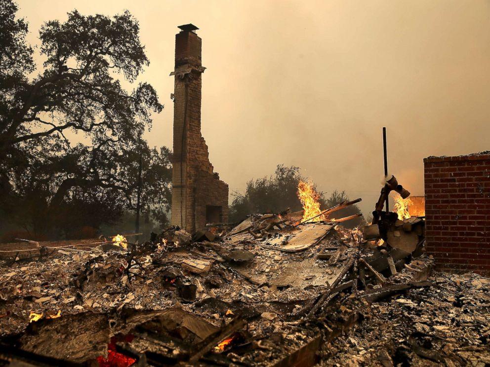 california-wildfires-06-gty-jef-171009_4x3_992.jpg