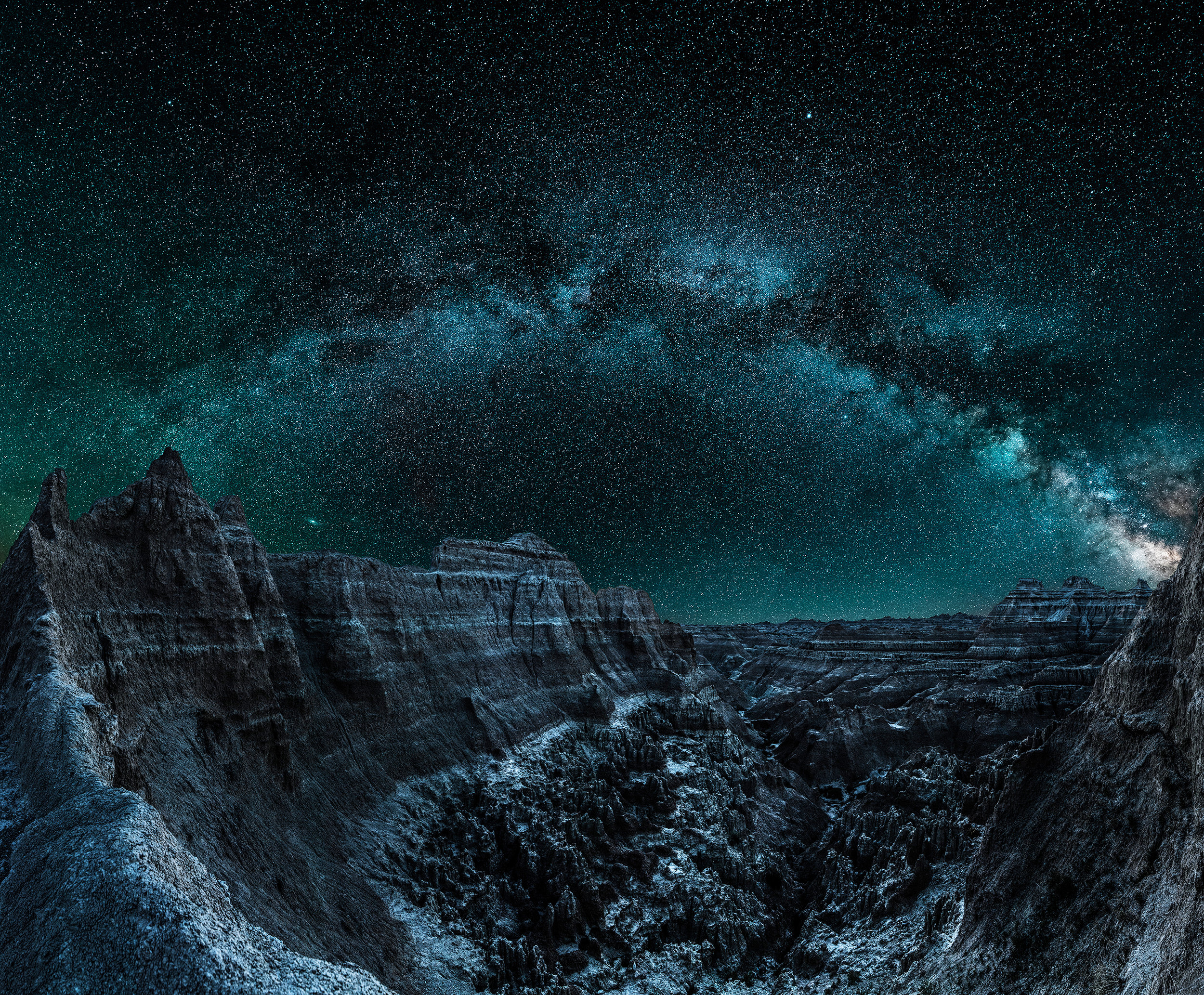 Badlands night edit Web.jpg