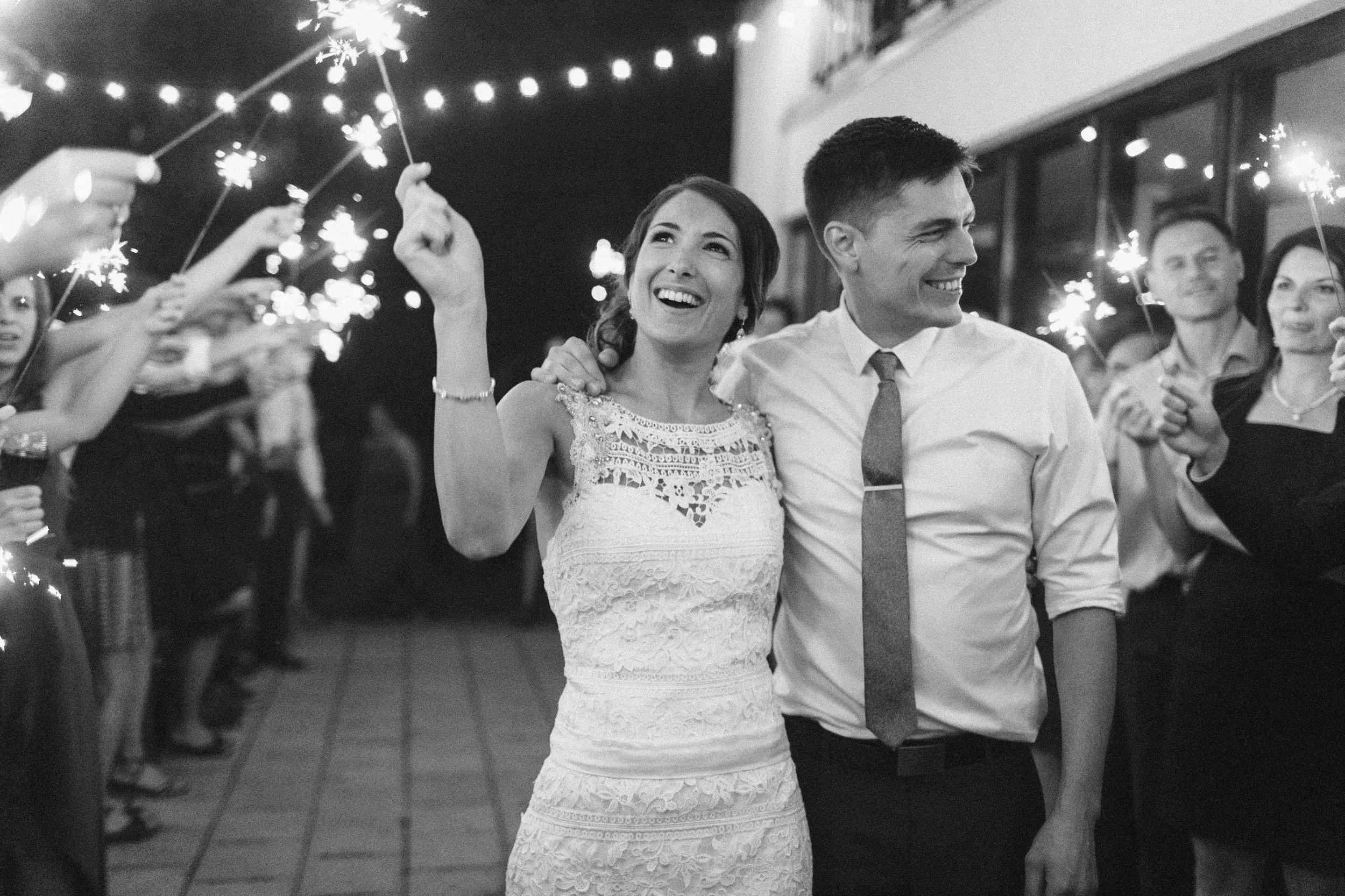montreal-wedding-photographer-richelle-hunter-lisa-renault-simon-1014.jpg
