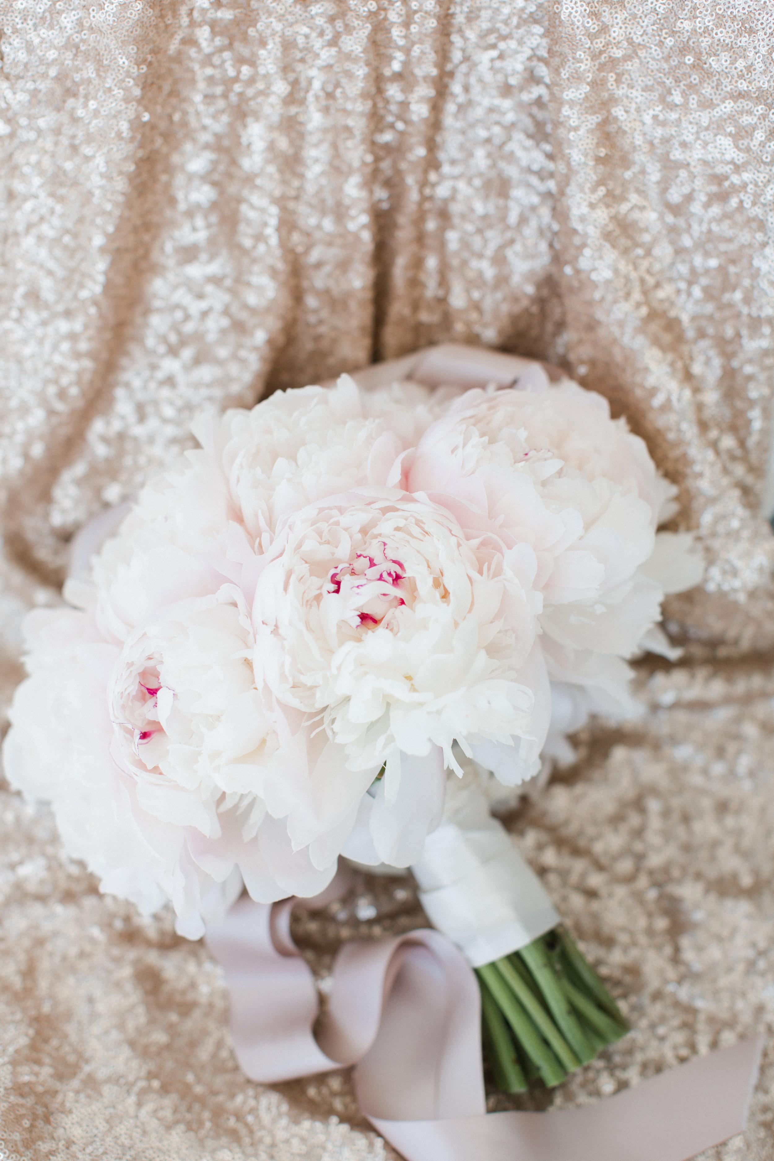 toronto-ontario-muskoka-rosseau-marriott-high-end-wedding-photographer-richelle-hunter-tori-doug-12.jpg