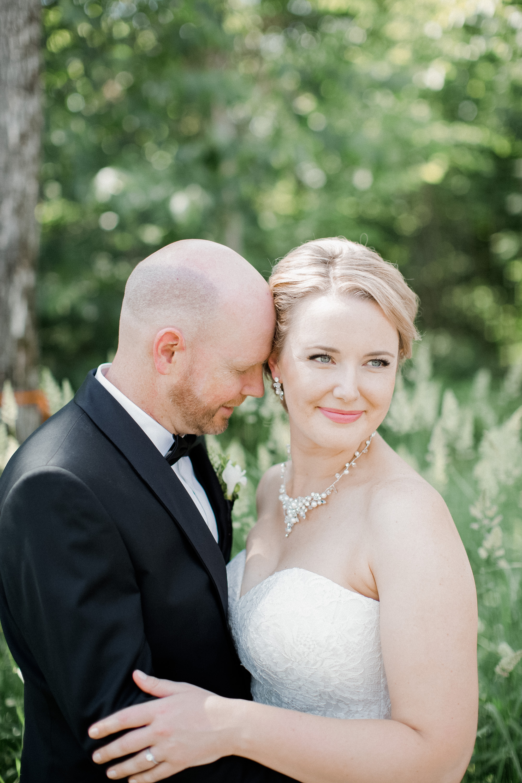 toronto-ontario-muskoka-rosseau-marriott-high-end-wedding-photographer-richelle-hunter-tori-doug-284.jpg