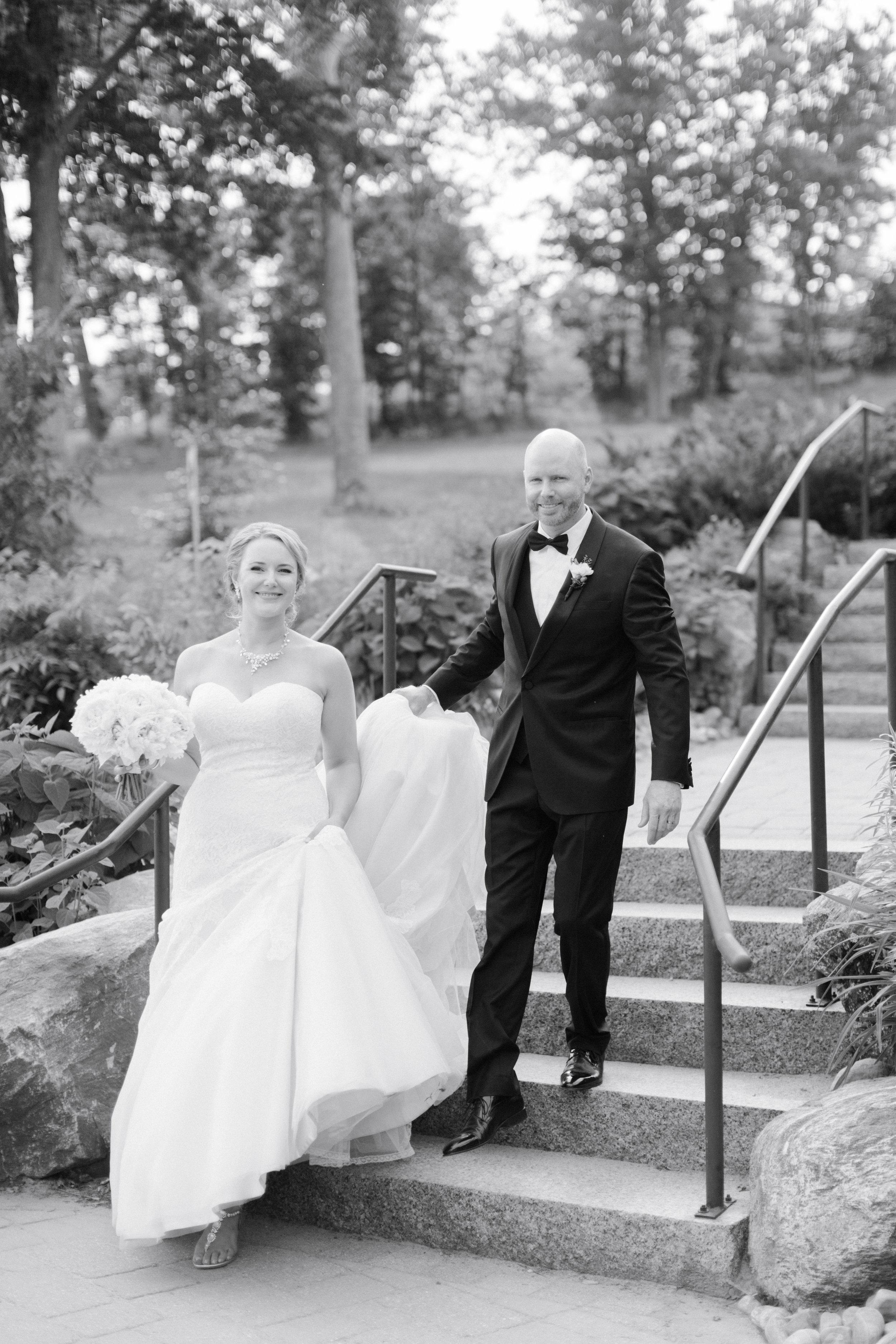toronto-ontario-muskoka-rosseau-marriott-high-end-wedding-photographer-richelle-hunter-tori-doug-622.jpg