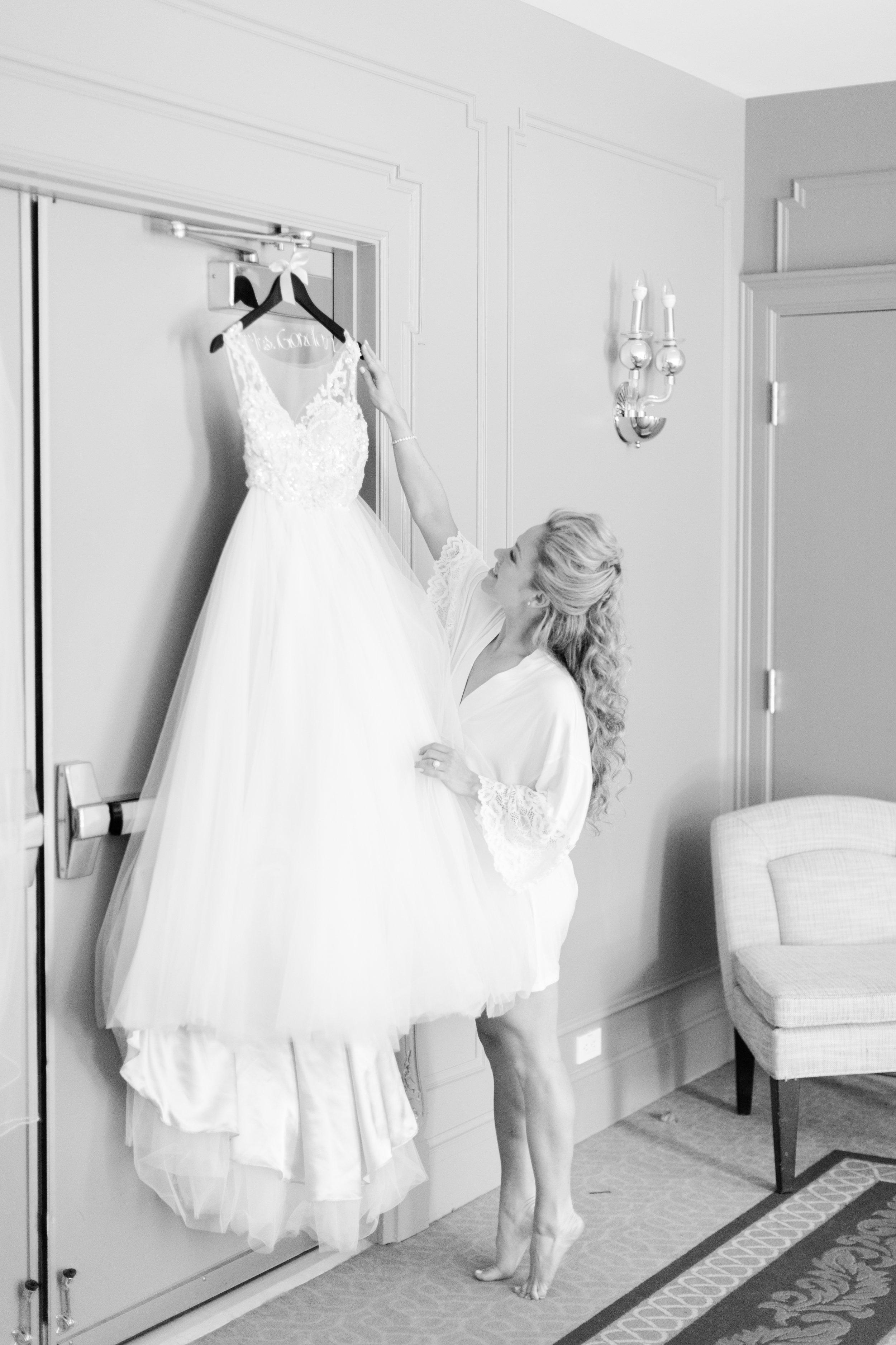 chateau-frontenac-quebec-city-best-toronto-wedding-photographer-soft-bright-pastel-richelle-hunter-elliott-heidi-137.jpg
