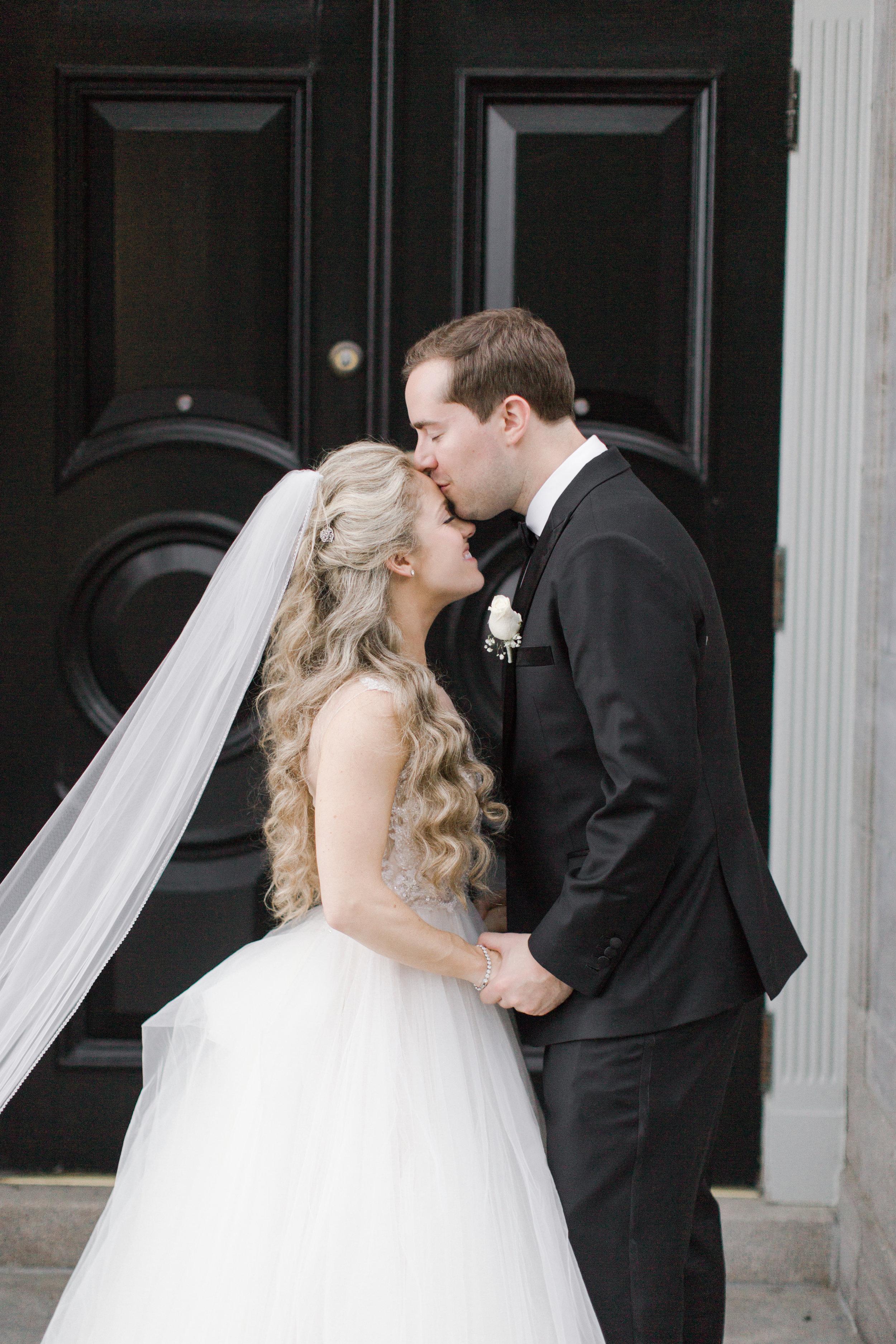 chateau-frontenac-quebec-city-best-toronto-wedding-photographer-soft-bright-pastel-richelle-hunter-elliott-heidi-768.jpg