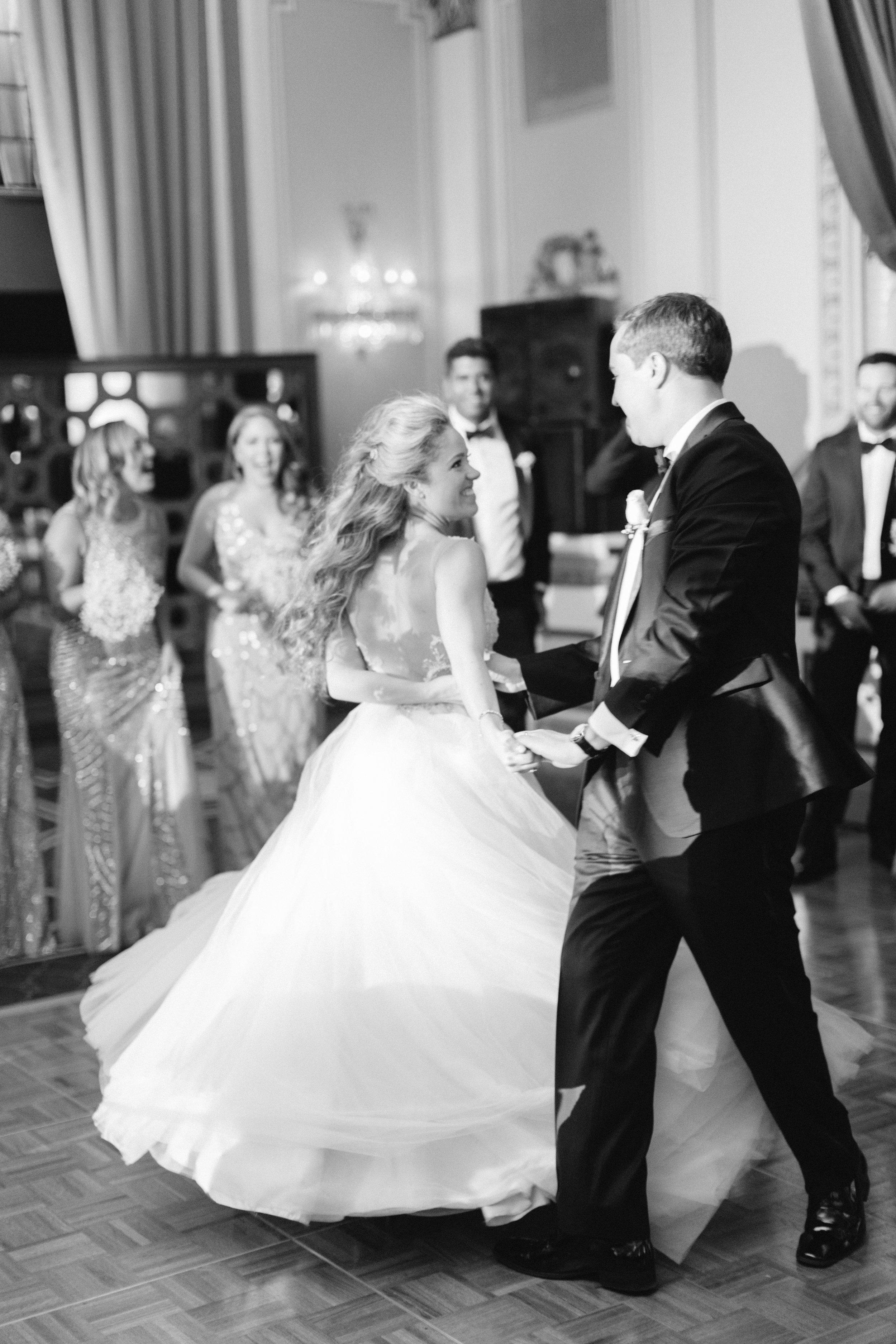 chateau-frontenac-quebec-city-best-toronto-wedding-photographer-soft-bright-pastel-richelle-hunter-elliott-heidi-855.jpg