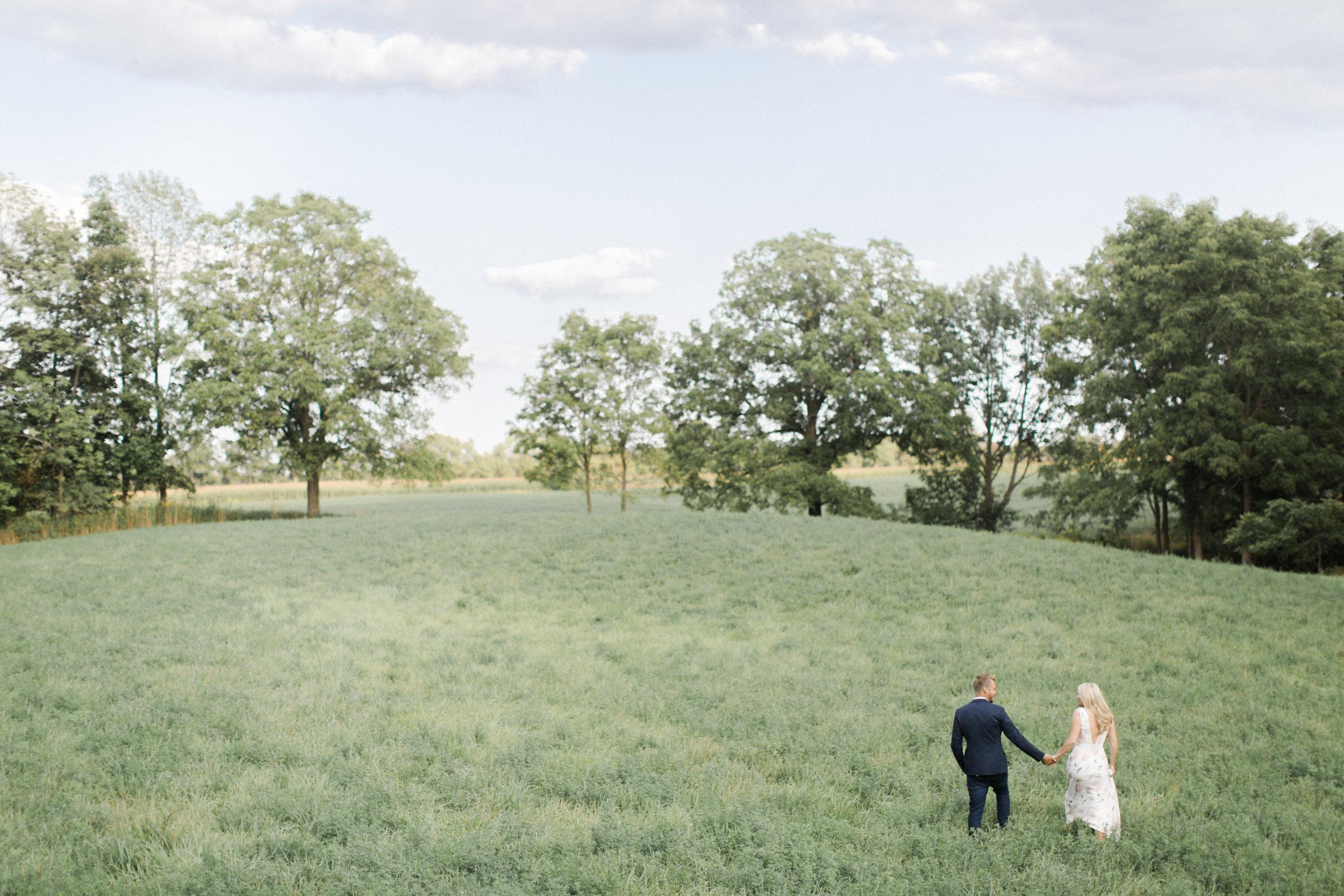 best-toronto-wedding-photographer-soft-bright-pastel-richelle-hunter-christiane-kyle-engagement-7.jpg