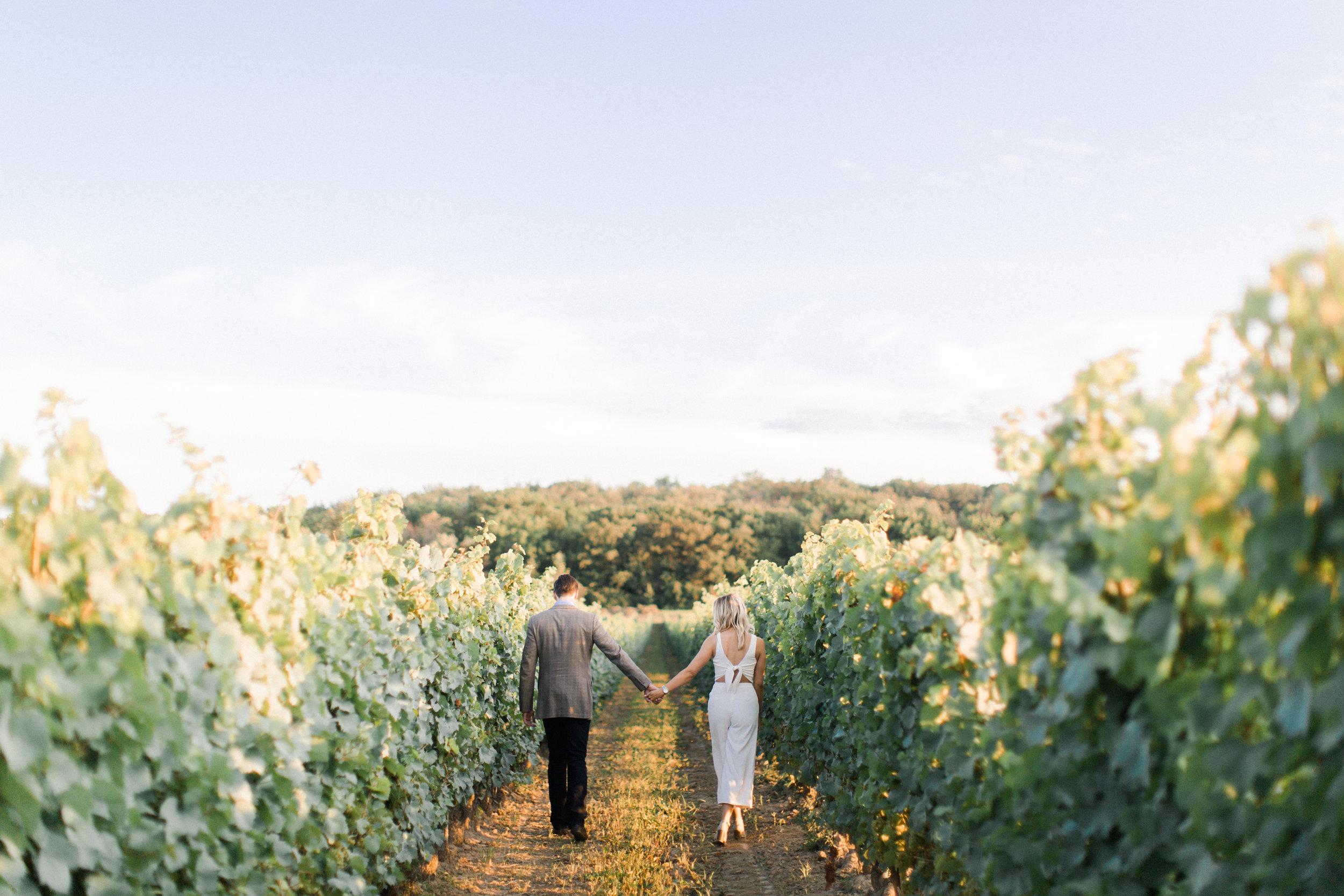 kurtz-orchard-gracewood-winery-wedding-photographer-richelle-hunter-sarah-jonathan-68.jpg